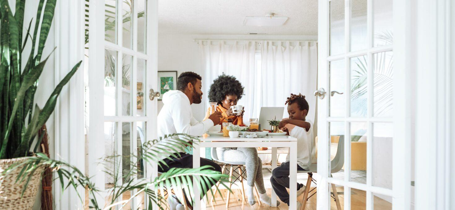 Geld sparen als Familie – Zehn Tipps