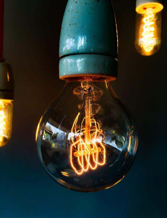 Strom, Benzin und Gas sparen – So gelingt es
